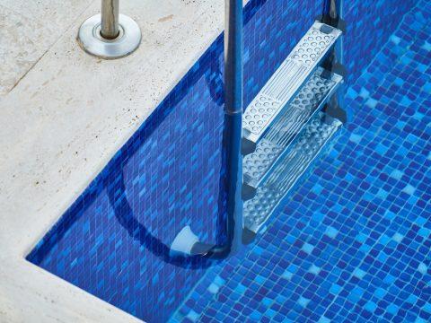 déclaration d'une piscine : règles et obligations